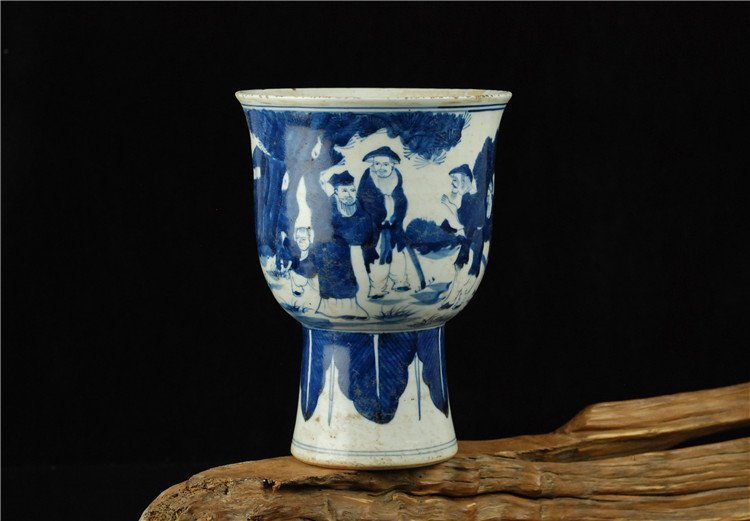 Fine Chinese Porcelain Blue & White Cup