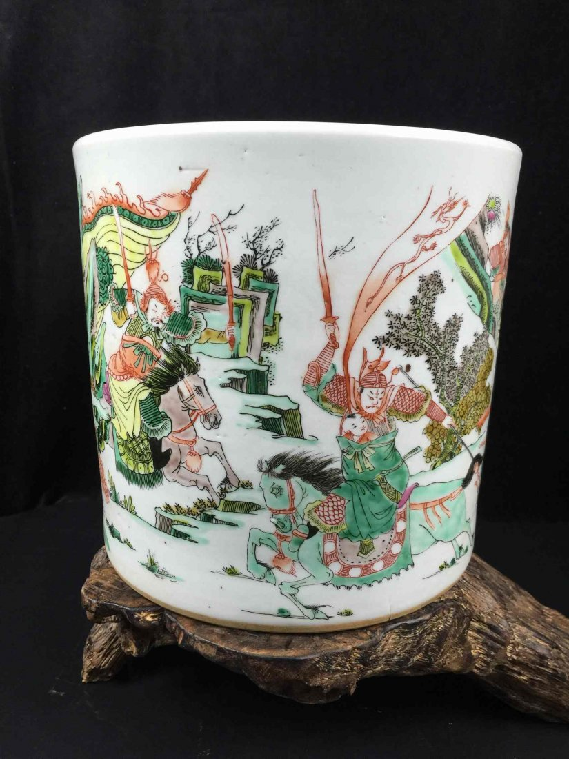 Chinese Fine Porcelain Vase With Feature Arts of War