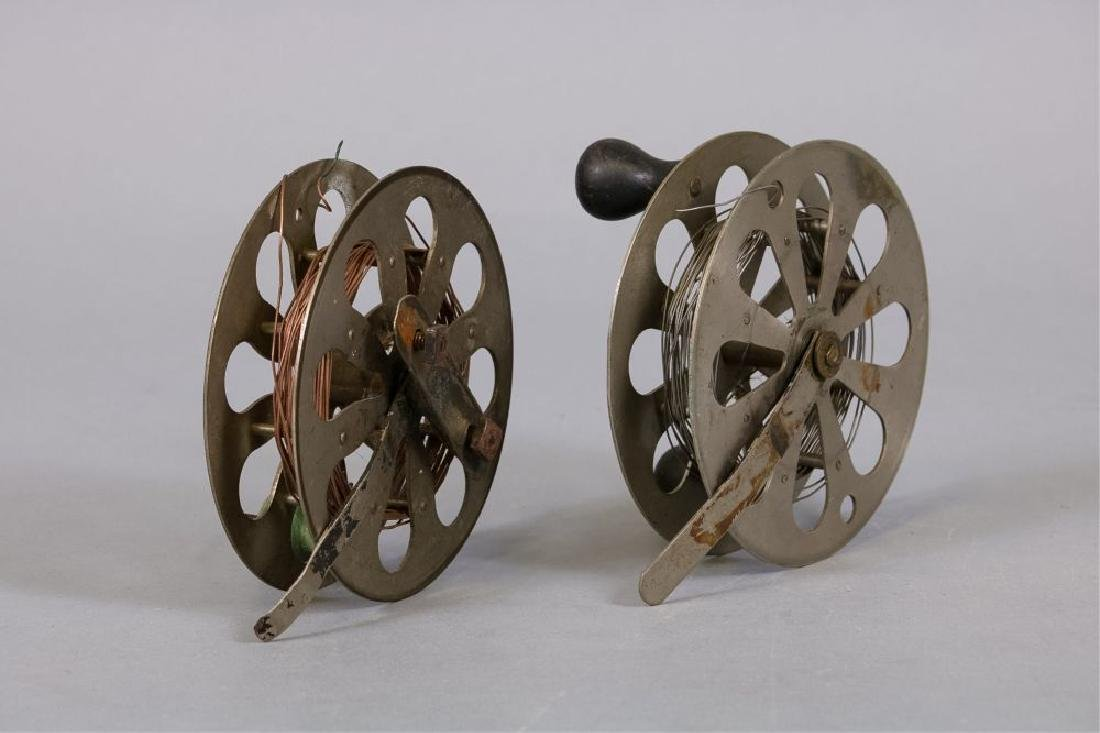 Lot of 2 Early antique fishing reels - 3