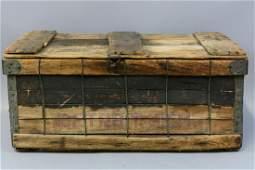 Primitive Wooden Fish Crate, Detroit MI, Ca.