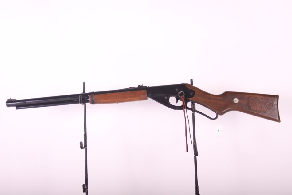 Daisy Red Ryder Mdl 1938B, Lever Action, Wood Stock,