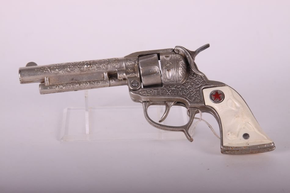 Pr of Hubley Texan Cap Guns, Cast Iron, w/ Leather - 3