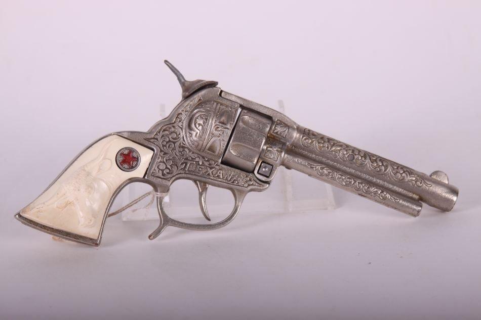 Pr of Hubley Texan Cap Guns, Cast Iron, w/ Leather - 4