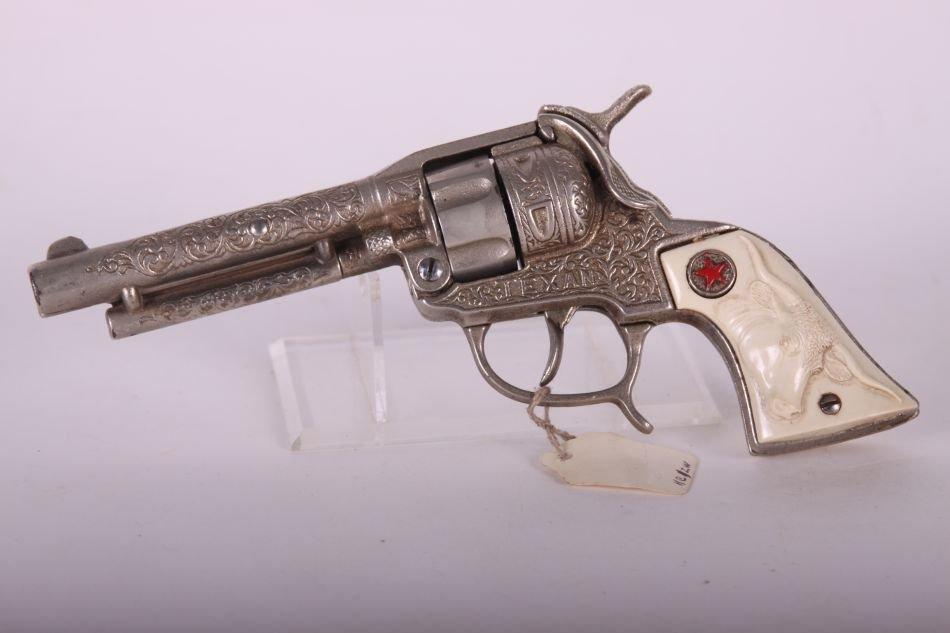Pr of Hubley Texan Cap Guns, Cast Iron, w/ Leather - 5