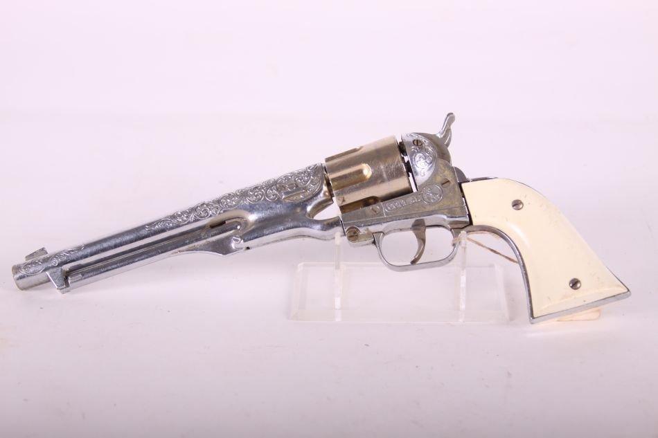 Hubley, Die Cast, Colt .45 Cap Gun, Six Shooter, White