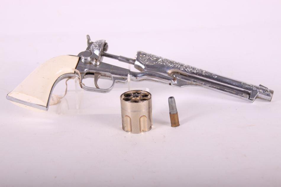 Hubley, Die Cast, Colt .45 Cap Gun, Six Shooter, White - 3