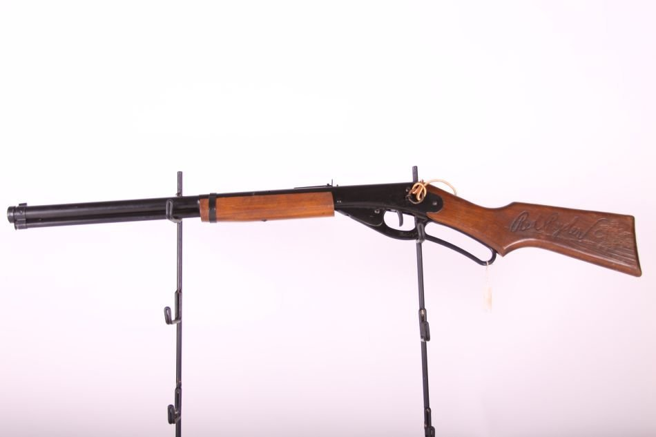 Daisy, No 1938 Red Ryder Carbine, Level Action, Wood