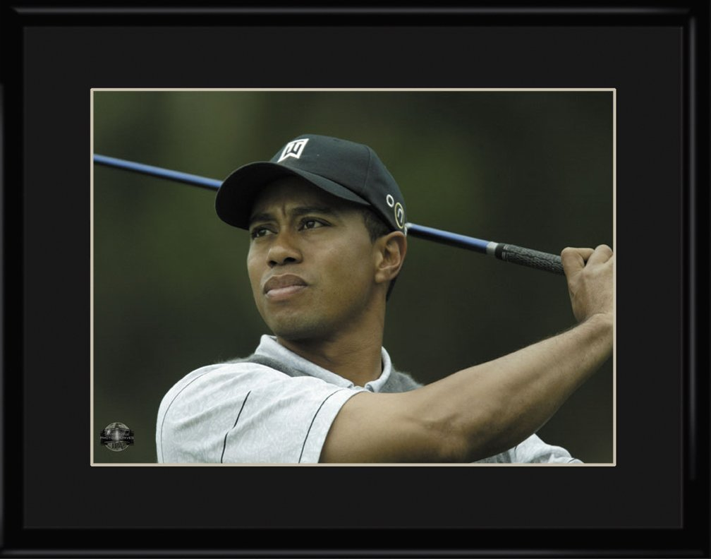 Lithograph - 11x14 Tiger Woods