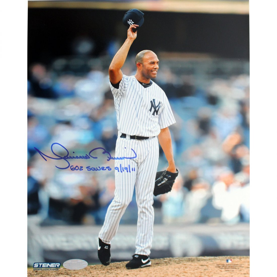 Mariano Rivera 602nd Save Tipping Hat 16x20 Photo w/ 60