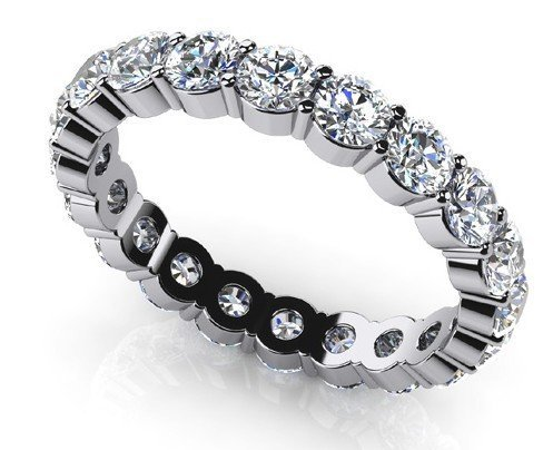 14KT Gold 2.835 ct Diamond Ring Featuring 3.3 Grams of