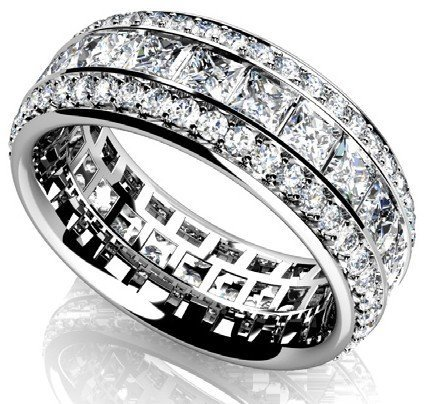 14KT Gold 2.62 ct Diamond Ring Featuring 6.3 Grams of 1