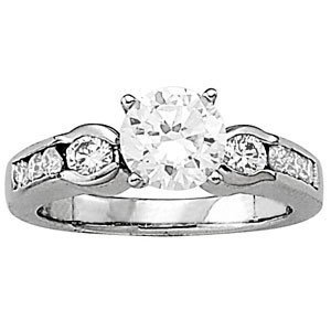 14K Gold 3.04 ctw Round Diamond Ring.  Brand New!   Fea