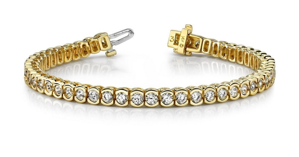14KT Gold 2 ct Diamond Bracelet Featuring 15.9 Grams of