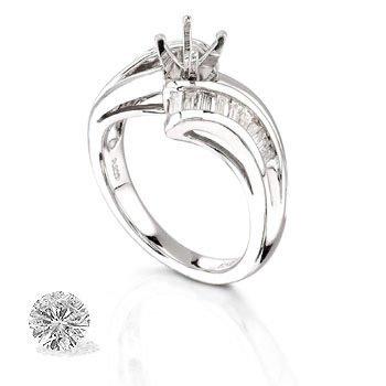 PLATINUM WOMEN'S 0.6 DIAMOND RING .  Features 11.1 Gr