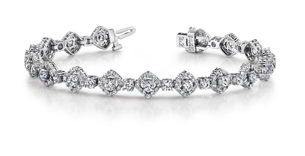 14KT Gold 6.5 ct Diamond Bracelet Featuring 14.2 Grams