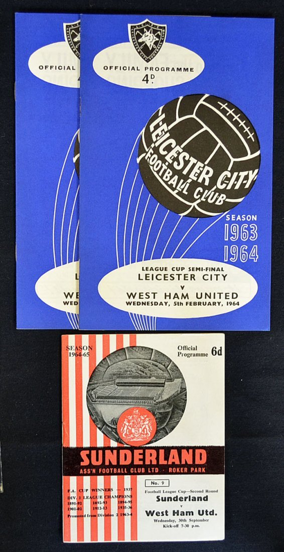 Football League Cup football programmes 1963/64 Le