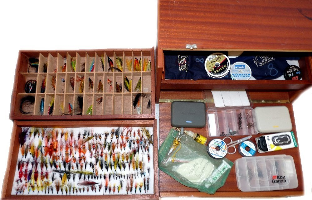 FLIES & ACCESSORIES: Fine collection of appro