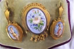 65: Victorian Jewelry