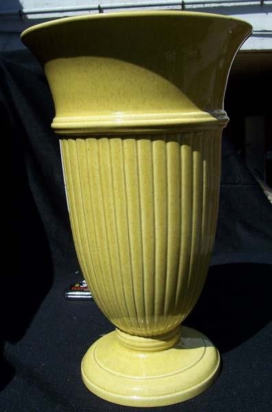 207: Red Wing Yellow Fleck Column Vase