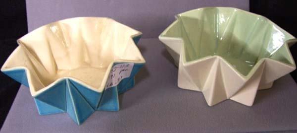 313: Red Wing 2 Prismatique Bowls