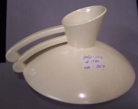 353: Redwing Double handle coffee pot matte white