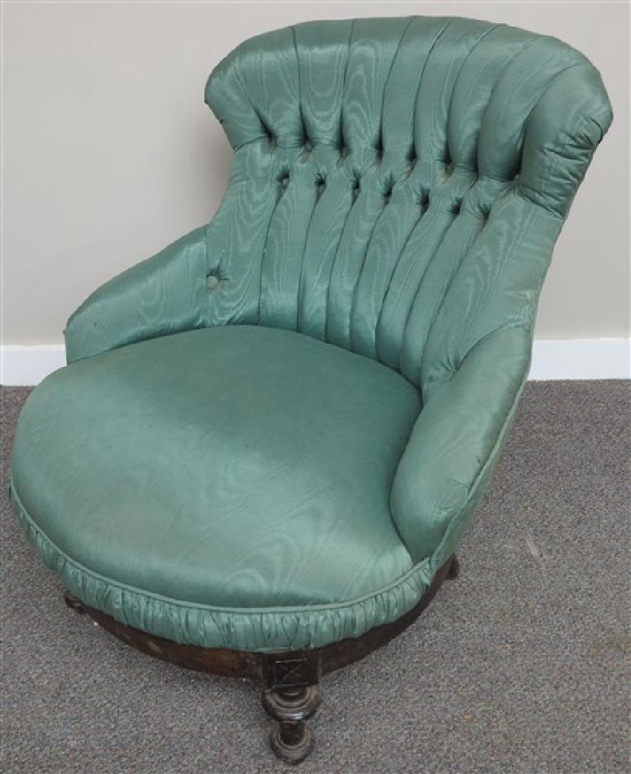 Ladies Slipper Chair