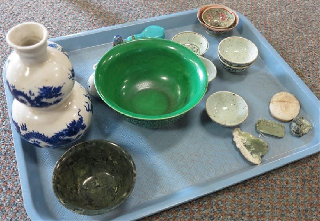 Tray Lot, 15 pcs of Pottery Items
