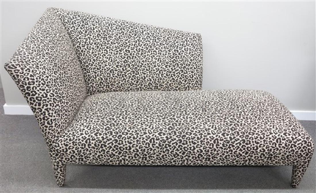 Recamier w Leopard Print Fabric