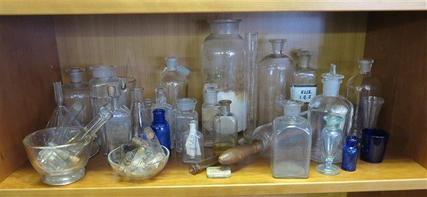 Lot of Apothecary Related Items