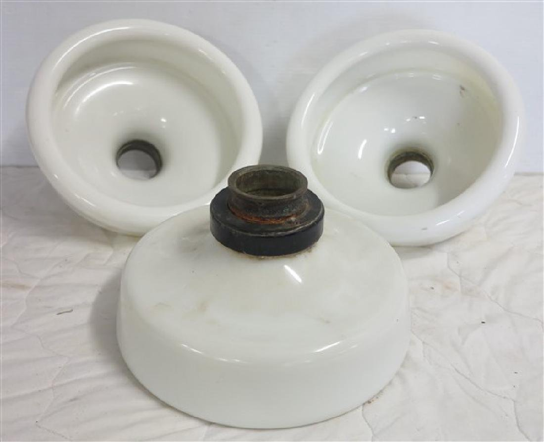 3 Industrial Porcelains