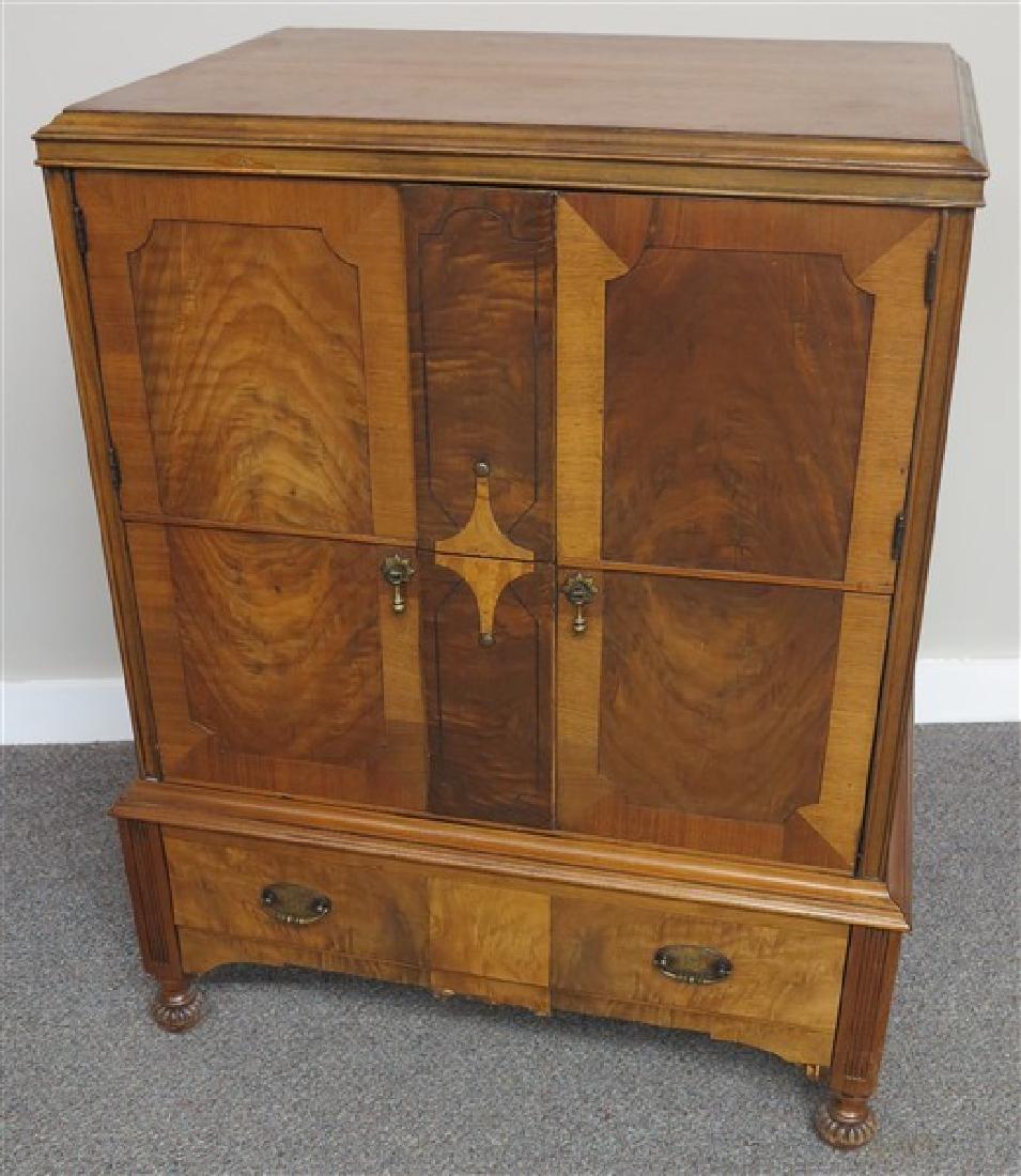 Deco Style Custom Cabinet