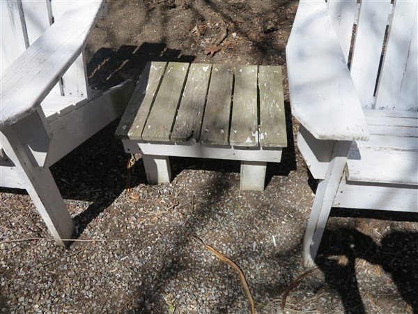 2 Outdoor Chairs & small table - 3