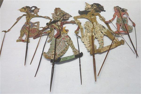 4 Marionettes