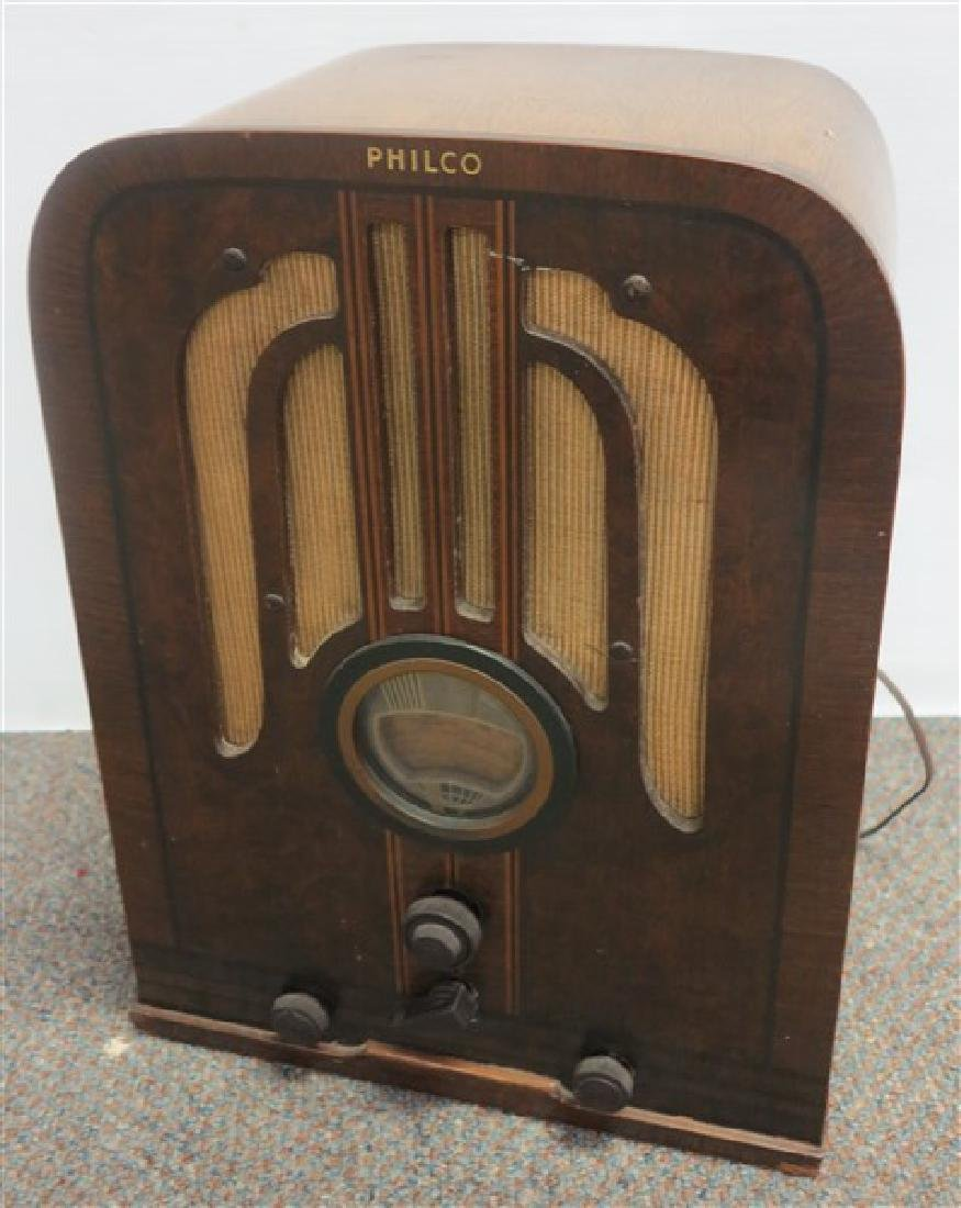 Art Deco Philco Radio