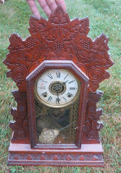 2 gingerbread clocks - 2