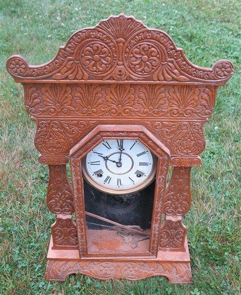 2 gingerbread clocks