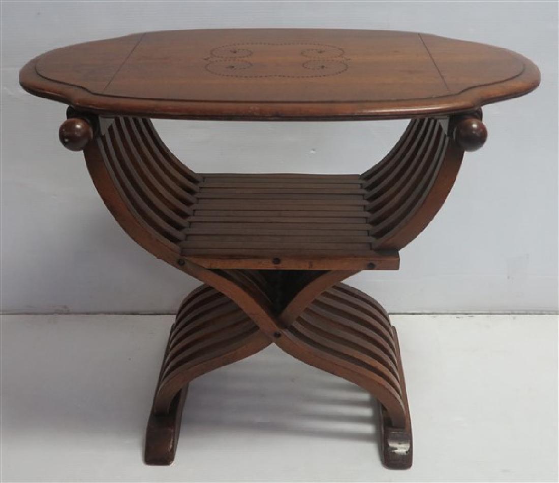 Unique table/chair
