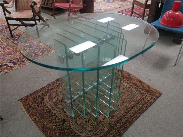 Deco glass table