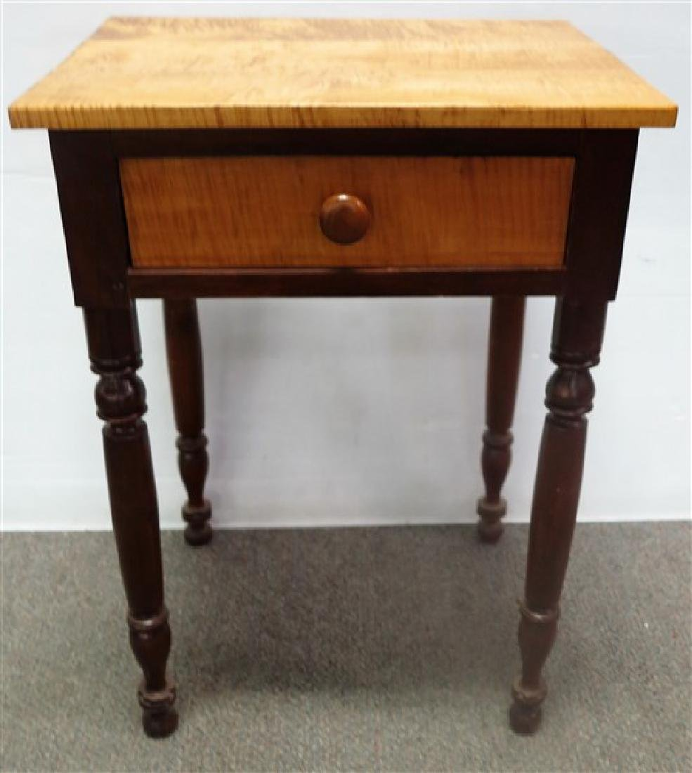 Maple and cherry 19th century 1 drawer stand