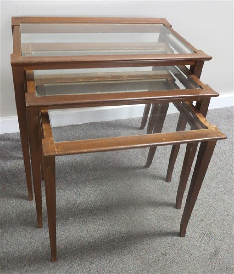 3 Modern nesting tables