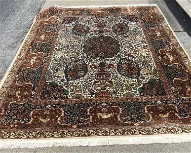 Fine Silk and Wool Rug Approx. 9'x12'
