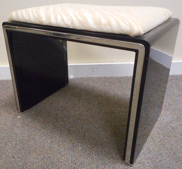Simmons Vanity Bench