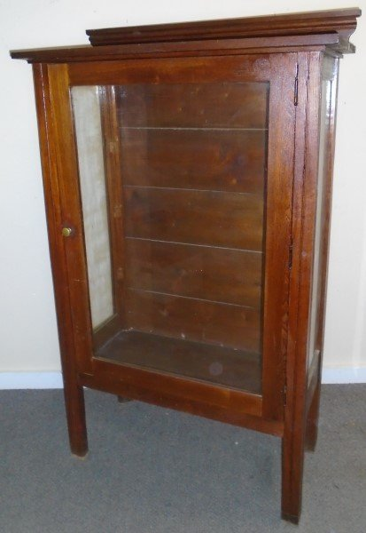 Arts and Crafts Style Bookcase