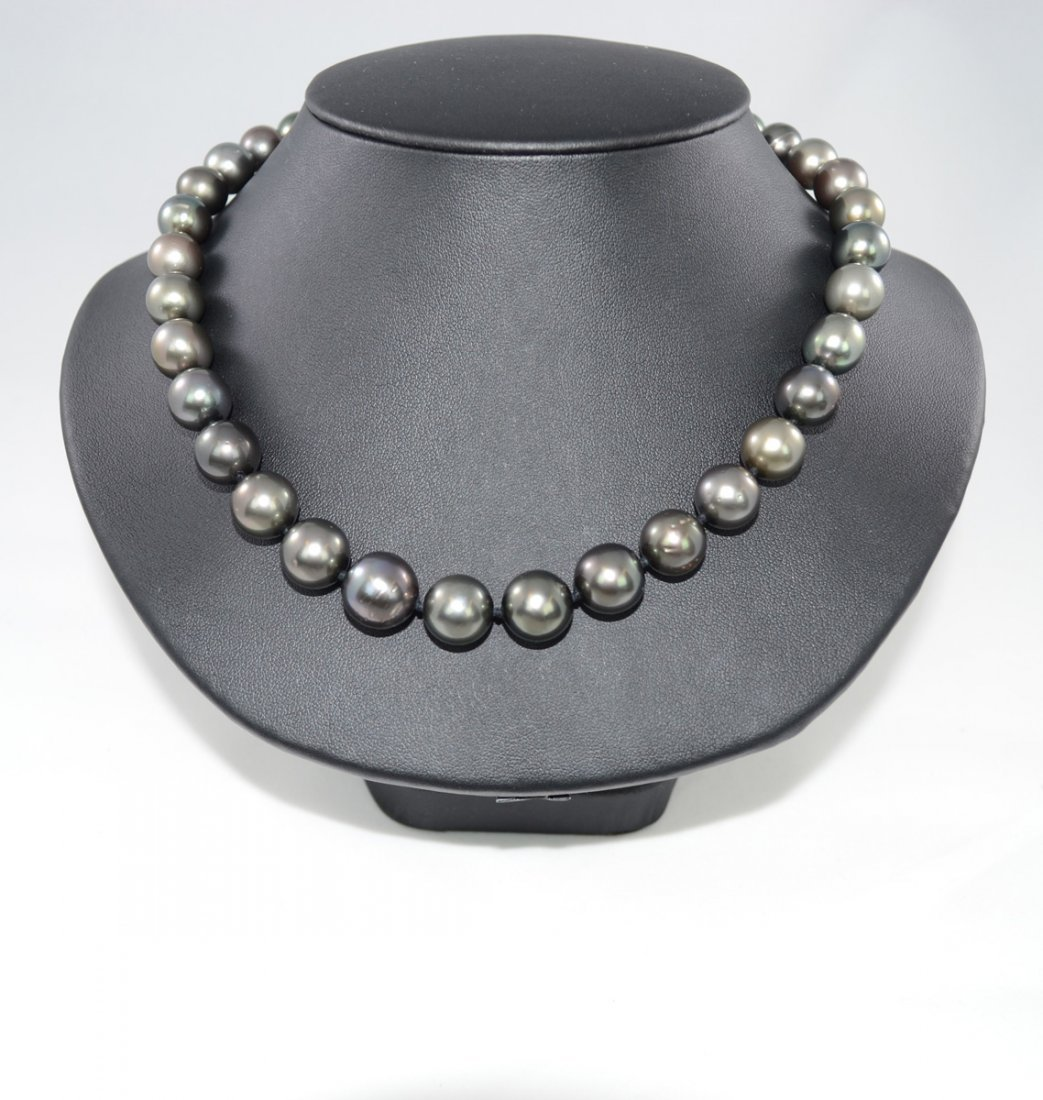 Tahitian Cultured Pearl Necklace. Contains 35 Cultured