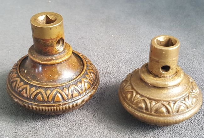 Two Good Knobs From Yale - 3