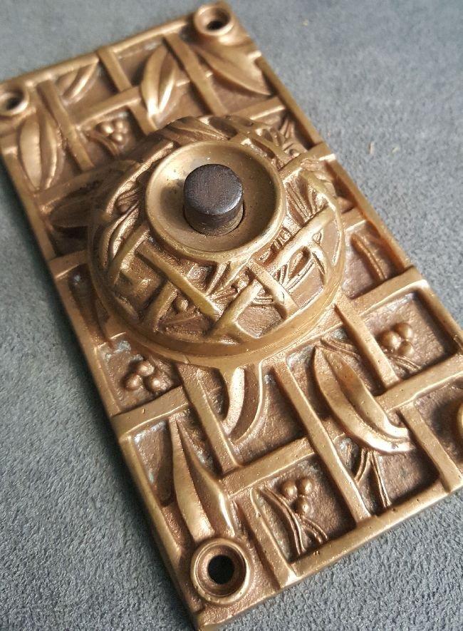 Rare Holly Pattern Doorbell Plate - 3