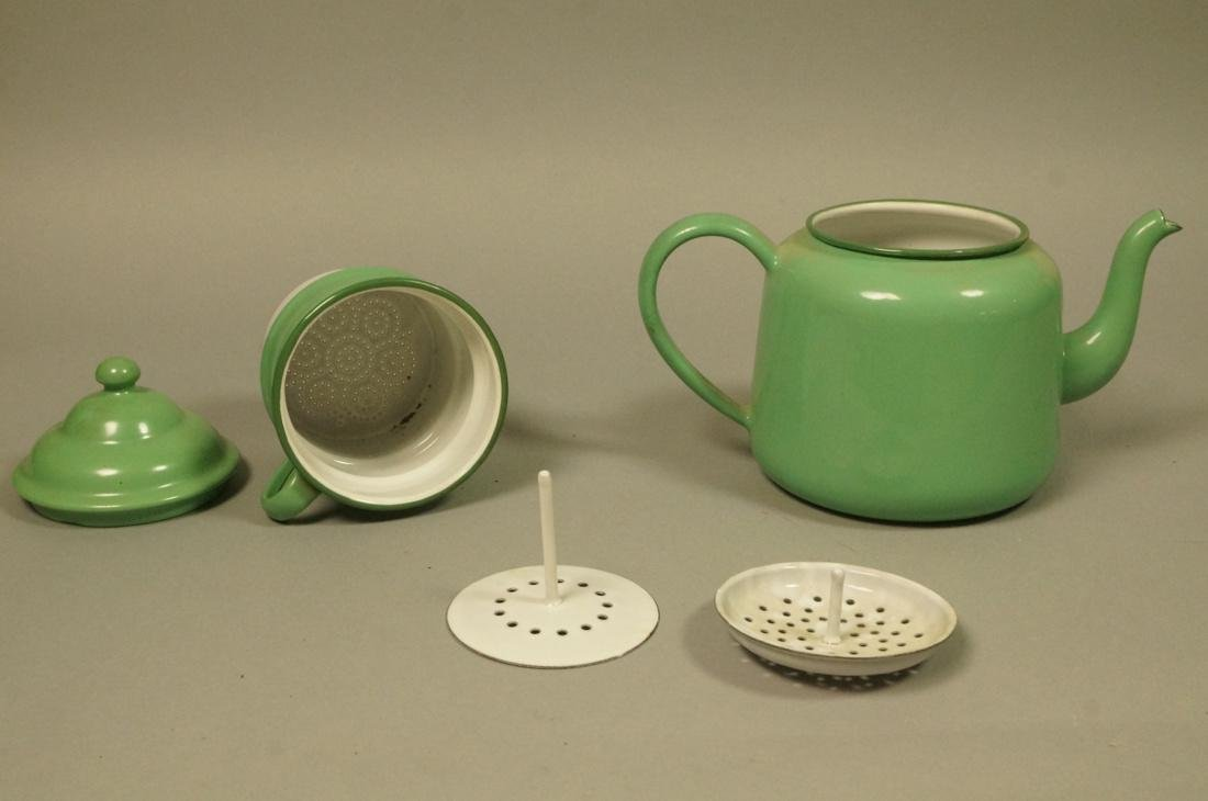 Vintage Green Enamel Ware Percolator Tea Pot. 5 p - 6