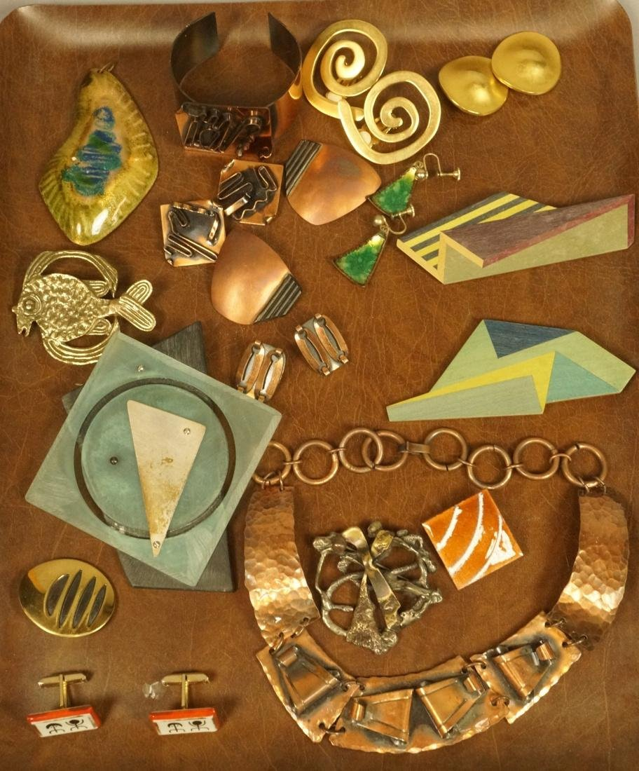 17pc Contemporary Artisan Jewelry. ROBERT LEE MOR