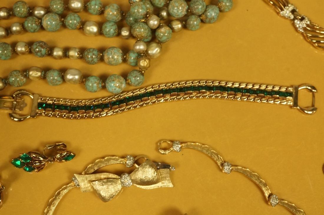 14pc Costume Jewelry Lot. JOMAZ Gold tone & Rhine - 3