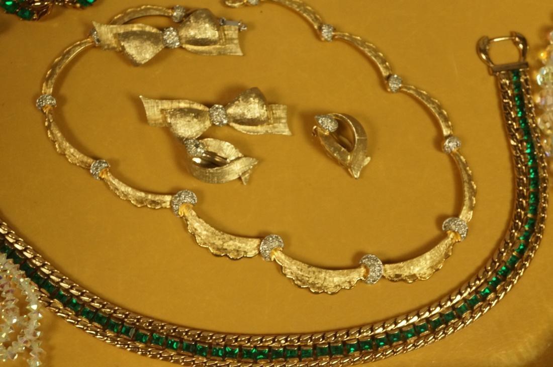 14pc Costume Jewelry Lot. JOMAZ Gold tone & Rhine - 4